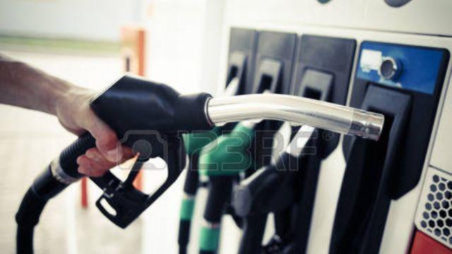 Son dakika..Benzin ve motorine zam!...