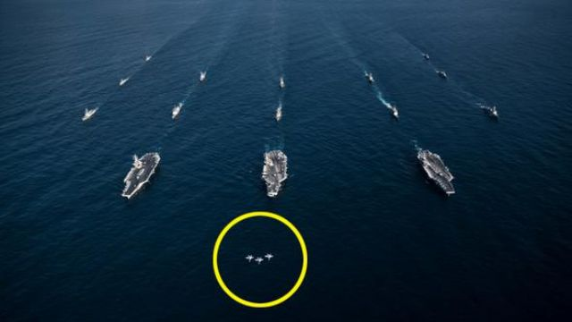 Sıcak gelişme….Amerikan donanması savaş düzenine geçti
