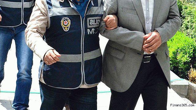 Düzce'de 4 öğretmen FETÖ'den tutuklanarak cezaevine gönderildi