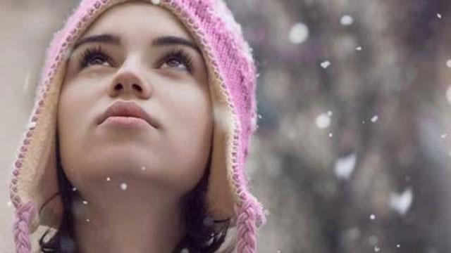 Kış aylarında cildiniz için nemlendiricinizi eksik etmeyin