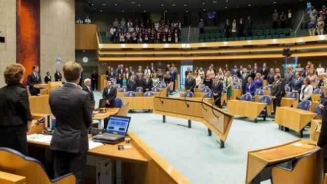 Hollanda yönetimi sözde Ermeni soykırımını kabul etti