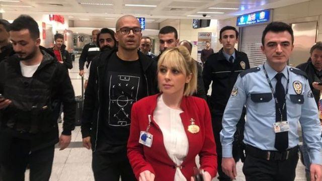 Fenerbahçe'nin efsane ismi Alex yeniden Türkiye'de