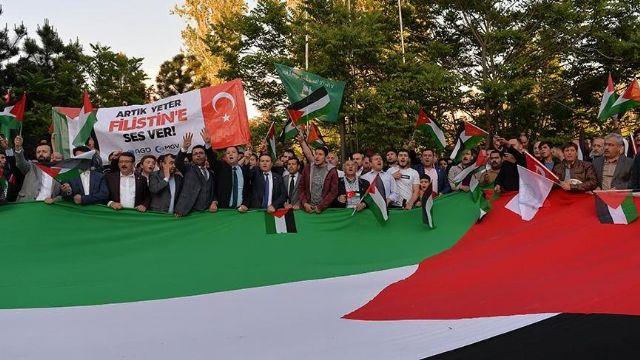 Beyoğlu'da İsrail'i protesto ettiler