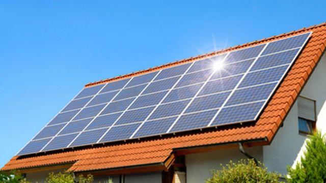 Güneş enerjisi Türkiye'yi 3 nükleer santralden kurtaracak