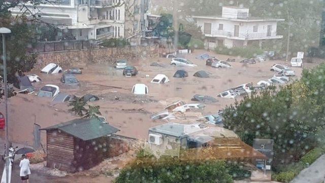 Komşu'nun başı dertte, Yunanistan'ı şimdide sel vurdu
