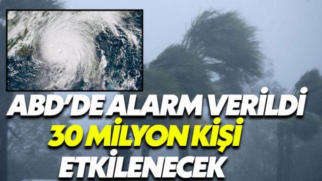 Michael Kasırgası ABD kıyılarını vurmaya başladı