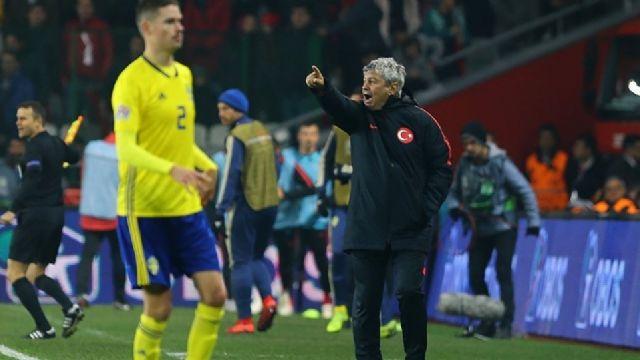 A Milli Takım Ukrayna maçı için Antalya'ya geldi