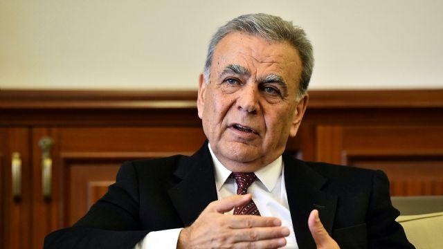 Aziz Kocaoğlu, Nihat Zeybekçi'ye İzmir'de şans tanımadı