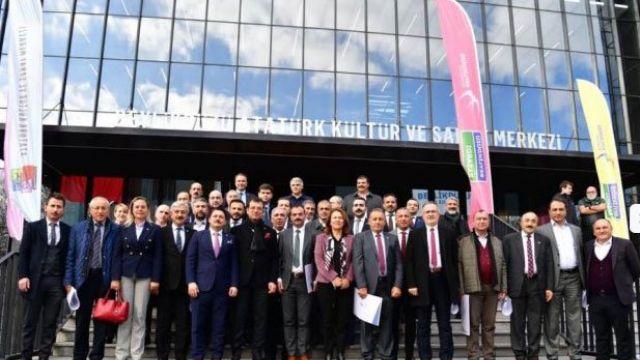 CHP İstanbul'da kılıçlar çekildi; İmamoğlu aday gibi