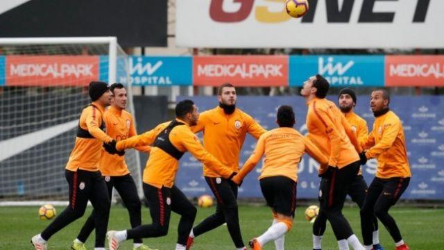Galatasaray'da Rodrigues ve Sinan Gümüş takımla çalışmalara başladı