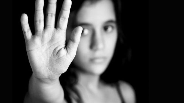 17 Yaşındaki Kız Çocuğunu Fuhşa Zorlayan Kadın Yakalandı