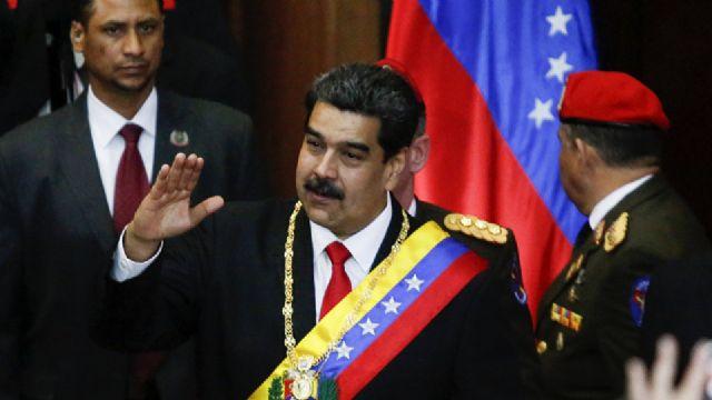 Maduro: 'Ellerini Venezuela'dan çek'