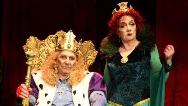 Krallara layık bir tiyatro eseri KRAL