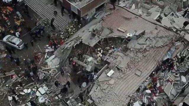 Cumhurbaşkanı Erdoğan'dan çöken bina sonrasında jet talimat