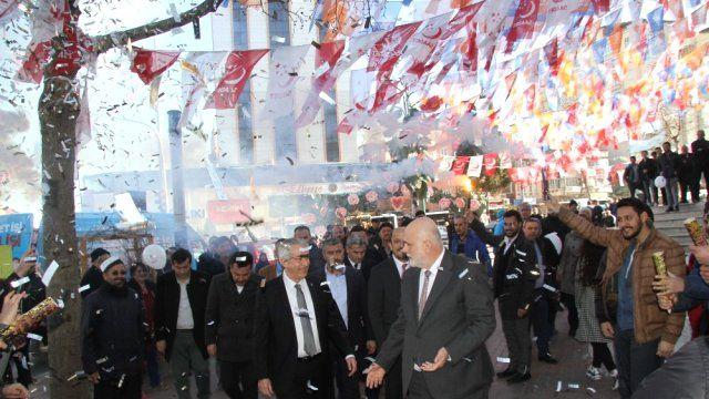 TBMM Başkanvekili'nden AKP'li vekillere fırça