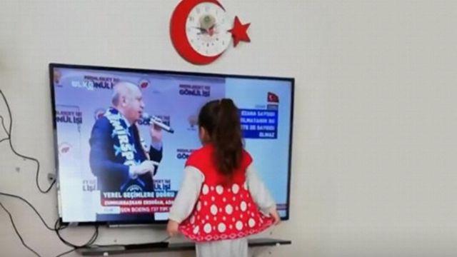 Erdoğan minik kızı mitinge davet etti