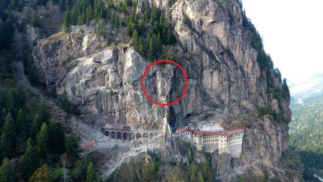 Sümela Manastırı'nda 360 tonluk kaya tehdidi