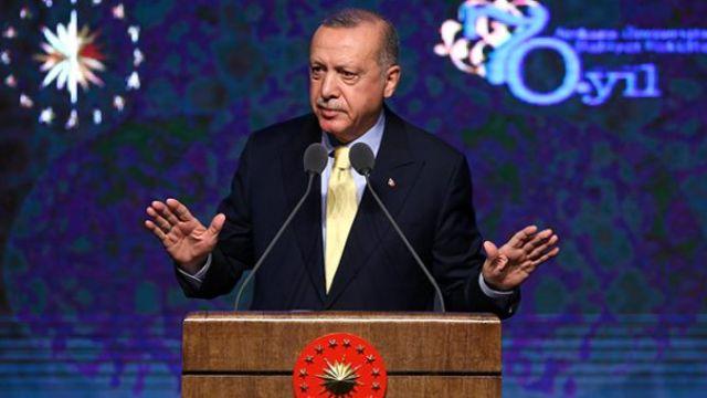 Erdoğan'dan ilahiyat vurgusu