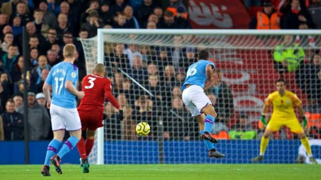Liverpool derbide galip: 3-1