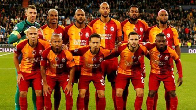 Galatasaraylı futbolculara şerefsiz söylemi
