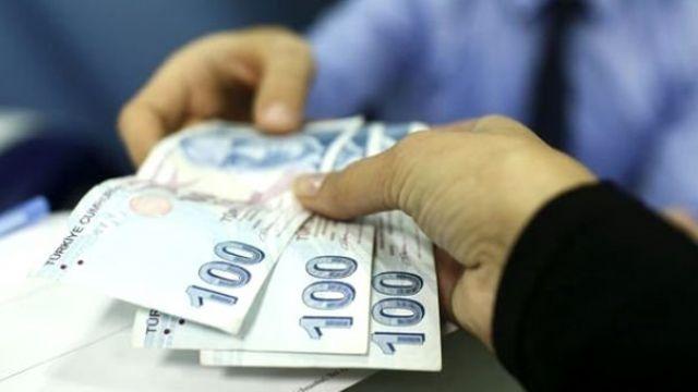 Çalışan annelere 1300 lira destek