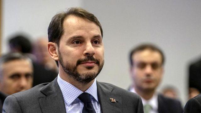 CHP'den Albayrak'ı eleştiren pankart