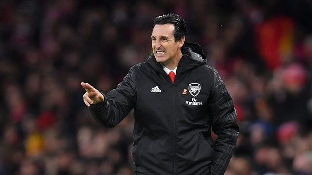 Arsenal'de Unai Emery kovuldu