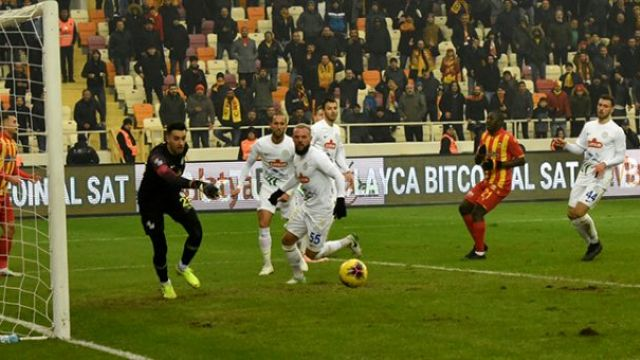 Yeni Malatyaspor Rize'ye takıldı