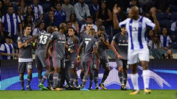 Beşiktaş - RB Leipzig maçında temsilcimiz ilk devreyi 2-0 önde kapattı