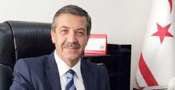 Kıbrıs Türkleri tanınma atağına geçiyor