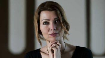 Elif Şafak'tan itiraf: Biseksüelim