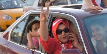 Bozguna uğrayan Barzani 1 günde Kerkük'ü terketti