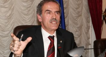Bursa Belediye Başkanı Recep Altepe: 'Görevimin Başındayım.'