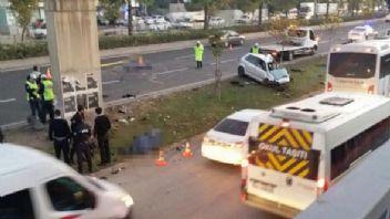 İzmir'de trafik kazası 2 polis öldü, 3 polis ağır yaralı