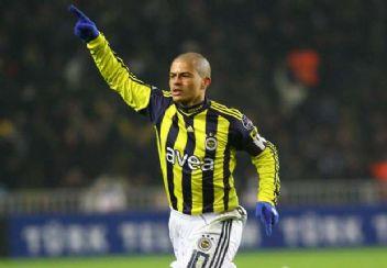 Alex de Souza Beşiktaş haberleriyle dalga geçti