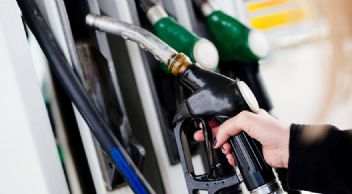 Taht kavgası, benzin fiyatlarını ateşleyecek