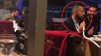 Galatasaray'da formayı unutan Yasin'in nargile keyfi