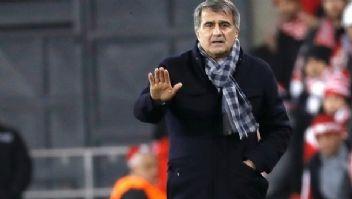 Akhisar'a takılan Beşiktaş'ta, Şenol Güneş hakeme patladı