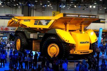 Dünya Devii Komatsu'dan sürücüsüz yük kamyonu