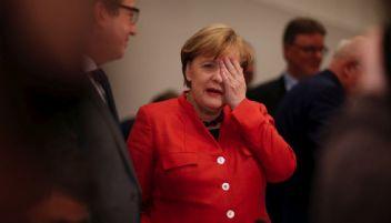 Hükümeti kuramayan Merkel'e bir şok daha