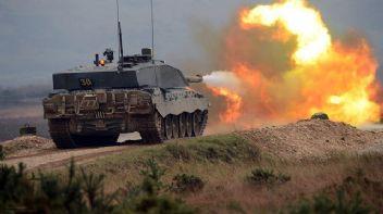 TSK, Afrin'deki YPG mevzilerini vurmaya başladı