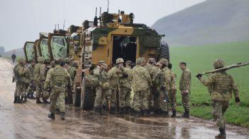 Afrin'de sıcak çatışma sürüyor, 2 asker şehit oldu