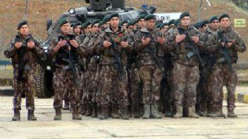 Özel TİM'ler Afrin'e doğru harekete geçti