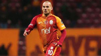 Sneijder'den Tudor'a gönderme: Hayallerimi yıktı