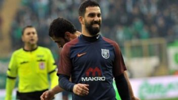 Arda Turan Galatasaray maçında forma giyecek mi?