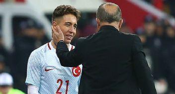 Galatasaray Emre Mor ve Trezeguet'i bitiriyor