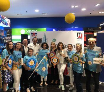 Ayhan Sicimoğlu'ndan Eğitim Gönüllülerine anlamlı destek