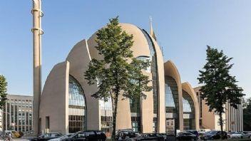 Almanya'dan küstah camii kararı