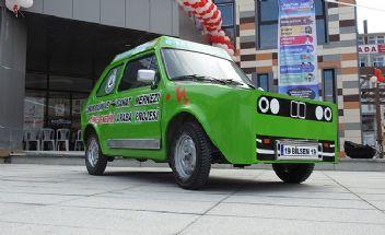 Lise öğrencileri hurda otomobilden güneş enerjili araç yaptı