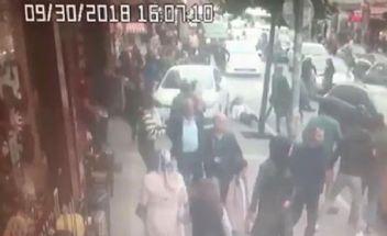 Polisten kaçan uyuşturucu satıcıları yayaları ezdi